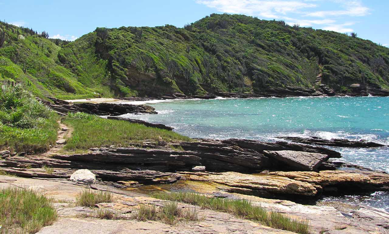 Praias de Búzios com vistas paradisíacas e vibes positivas